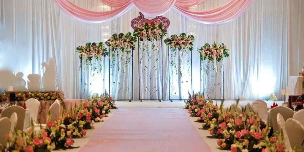 Classic Decorations for wedding stage