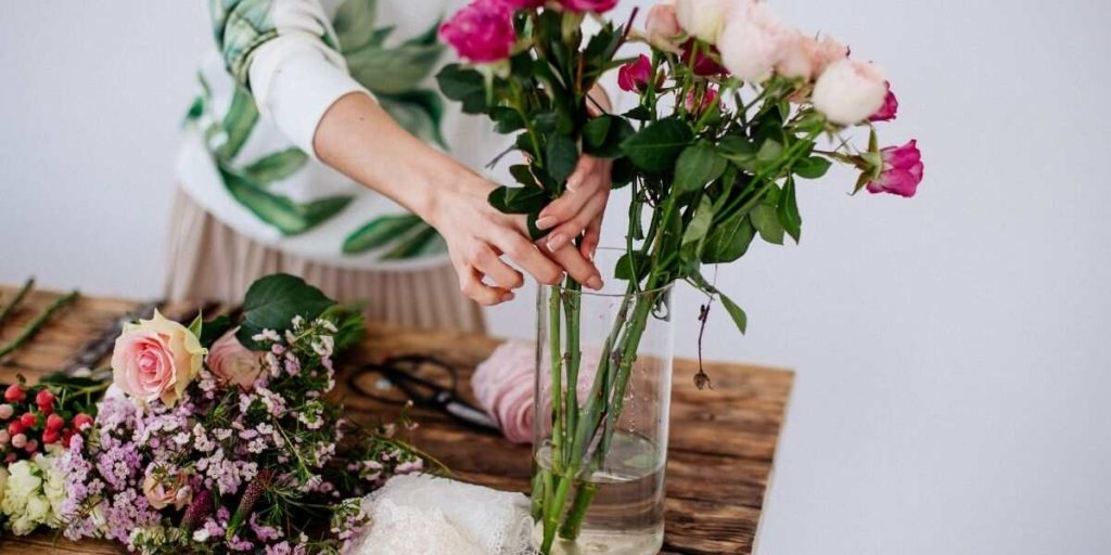 Making the wedding bouquet
